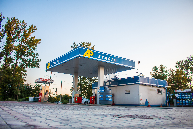 Hurtowa sprzedaż paliw - transport paliw